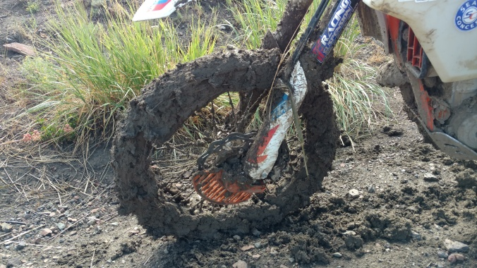 mud front tire
