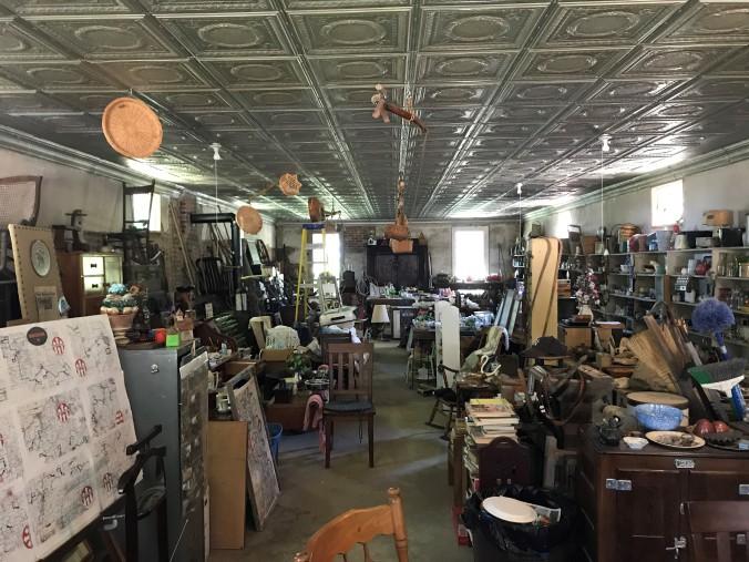 tat stop antiques